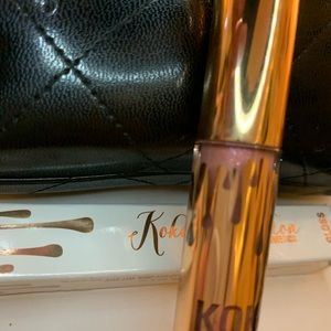 Kylie Cosmetics Makeup - Koko collection Damn Gina
